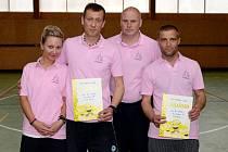 Badmintonového turnaje ve čtyřhře se v tělocvičně ZŠ Barvířská zúčastnilo 14 dvojic.