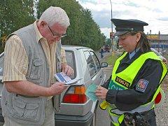 Policejní hlídky kontrolovaly pásy v celém kraji.