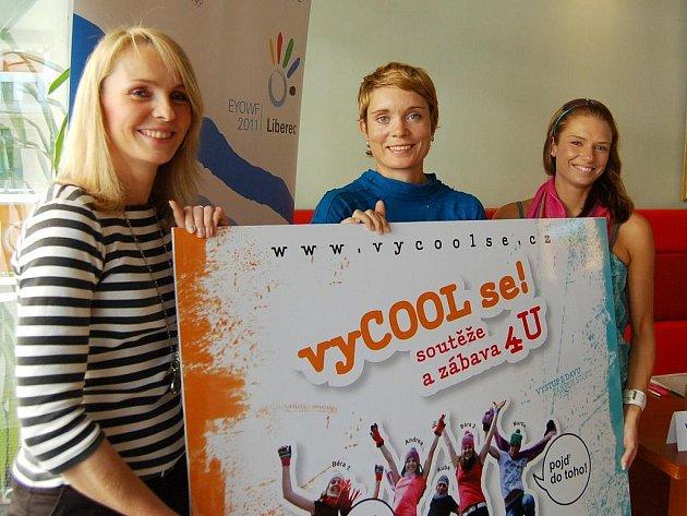 Zleva Kateřina Nýčová, výkonná ředitelka OV EYOWF, Radana Slaninová, manažerka marketingu EYOWF a Vanda Šulcová, koordinátorka programu vyCool se!