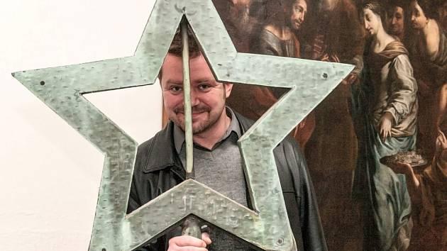 Severočeské muzeum má hvězdu, která kdysi zdobila libereckou radnici.