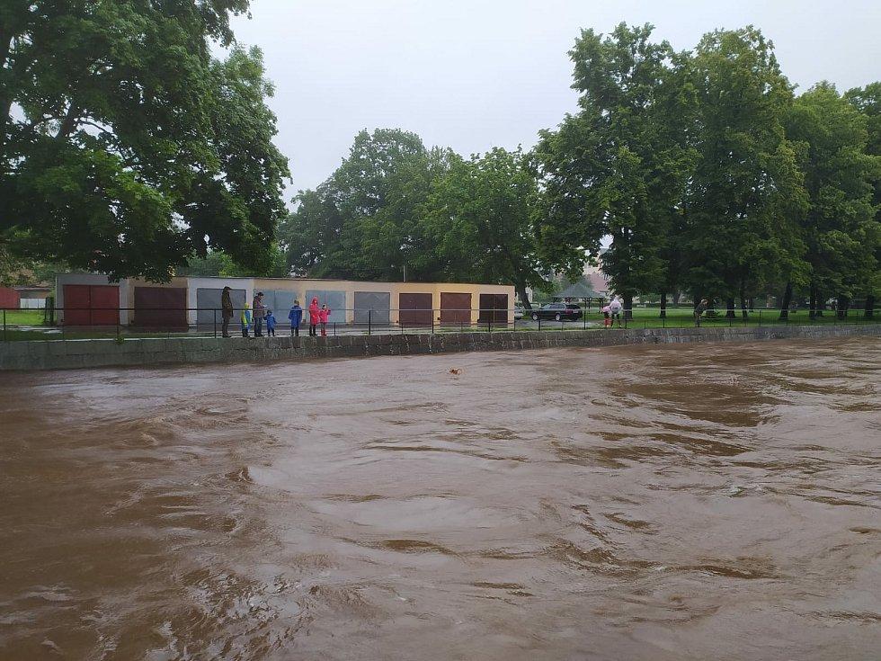 Situace v centru Frýdlantu k 8.30.