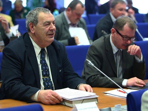 Josef Vondruška je od dneška zastupitelem kraje.