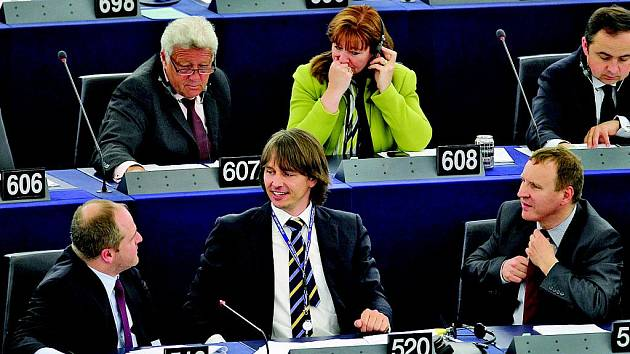 Edvard Kožušník s polským kolegou Pawlem Kowalem (vlevo) v EP ve Štrasburku.