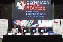 Tisková konference k IX. letní olympiádě dětí a mládeže v Liberci.