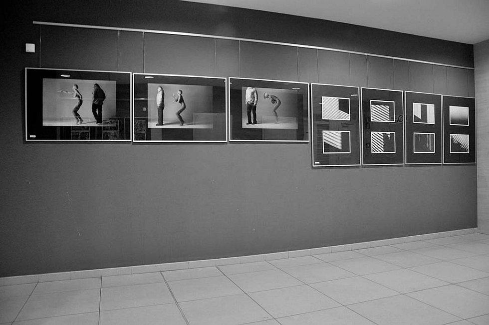 LIBERECKÝ KLUB OBSCURA vystavuje dílá svých členů v Eurocentru v Jablonci nad Nisou.
