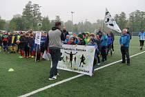 Okresní finále v Liberci zná své dva postupující. V mladších žácích uspěli hráči základní školy Lesní. Ve starších žácích vyhrála ZŠ Kaplického.