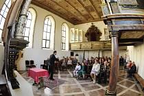 SALONKY, kaple, věž a zahrady. To vše bylo po oba víkendové dny lidem v libereckém zámku přístupné.