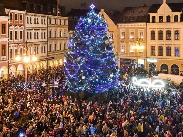 Rozsvěcení vánočního stromku v Liberci.