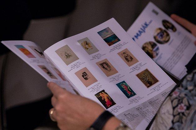 Vernisáž výstavy děl určených pro benefiční aukci nadace Euronisa proběhla 1.listopadu vOblastní galerii Liberec. Aukce umělecký předmětů proběhne 10.listopadu od 14hodin.