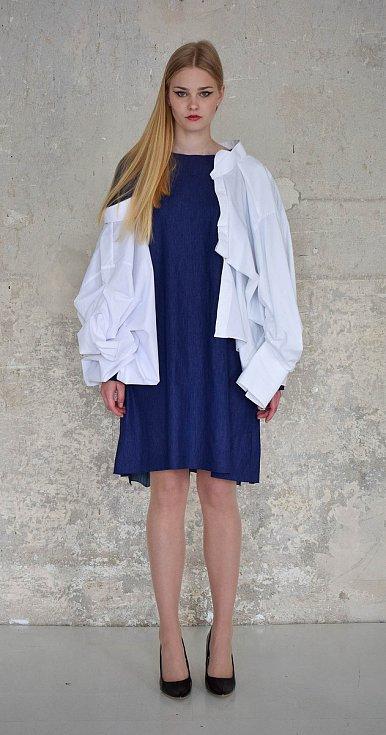 Návrh oděvu od Barbory Hübnerové.