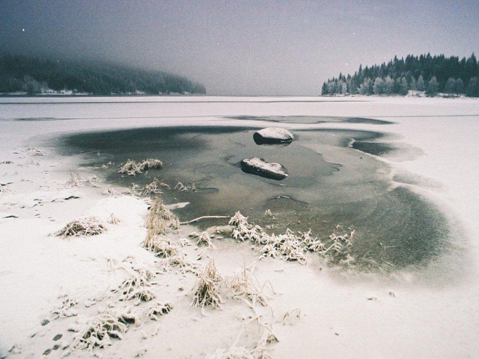 Zimní přehrada.