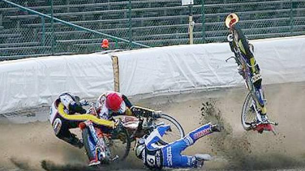 Liberecký plochodrážní jezdec Filip Šitera měl kolizi na polském stadionu. V Liberci tak bude chybět.