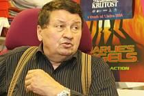 KAREL MUŽÁK. Provozovatelem L&V byl 14 let.