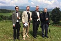 KRAMÁŘI. Prvního československého premiéra a vysockého rodáka si v představení ke 100. výročí republiky zahráli čtyři členové ochotnických spolků z celé republiky.