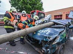 VÍTĚZE SOUTĚŽE čeká měření sil a dovedností s profesionálními hasiči.
