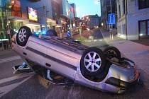 Čtyřiadvacetiletý řidič jel rychle, v krvi měl ale také více než jednu promile alkoholu.