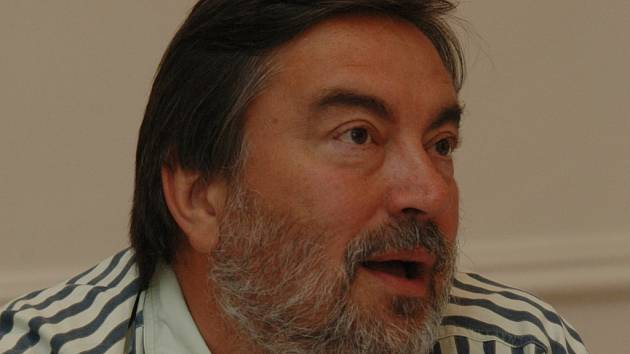 SÓLISTA OPERY NÁRODNÍHO DIVADLA. Na Varhanním maratónu vystoupí také známý pěvec Luděk Vele.
