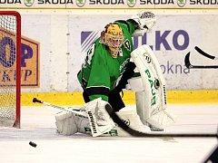 Hokejový brankář Will bude chytat v Liberci.