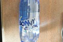 Voda Bonny s toluenem
