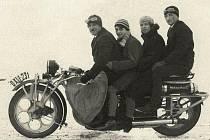 Historie nejdelšího motocyklu na světě bude připomenuta v sobotu 26. srpna u Doubice.