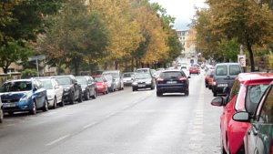 Nepřehledná dopravní situace na Husově ulici