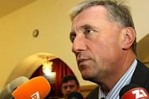 Do Lidových Sadů v Liberci se sjela téměř kompletní sestava vrcholných politiků ODS. Rovnou z Bruselu dorazil i Mirek Topolánek.