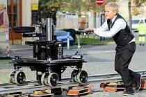 Nedávno v centru Liberce natáčel režisér Jan Hřebejk nový film s A.Geislerovou v hlavní roli. Jako scéna filmařům posloužil kostel sv.Antonína a Sokolovské náměstí, kde zřídili provozovnu oční optiky.