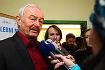 Odvoleno má v historicky první přímé volbě hlavy státu i jeden z prezidentských kandidátů Přemysl Sobotka.