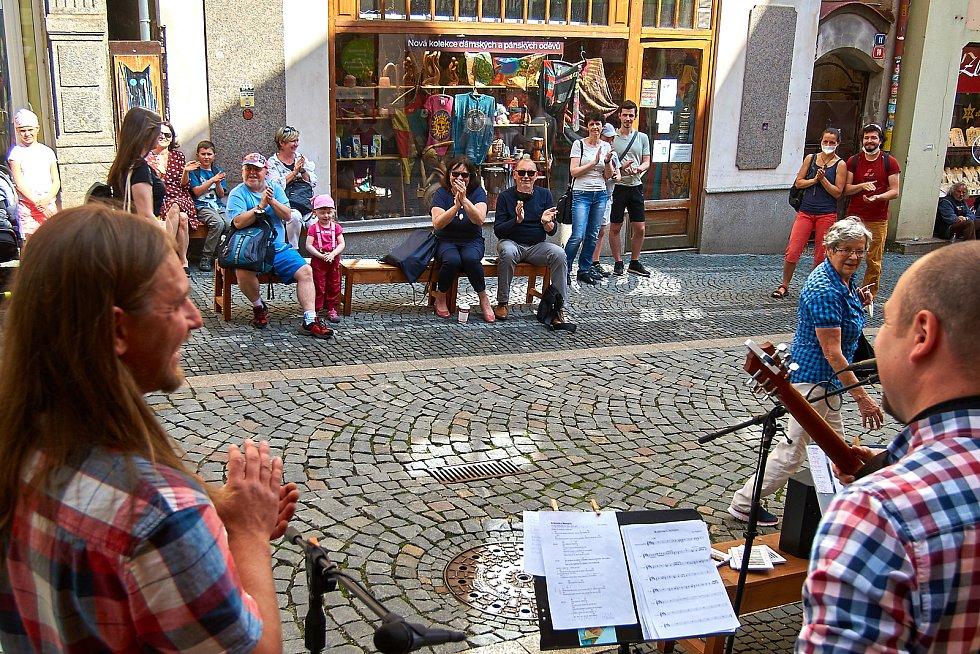 Liberecká kapela Janberi hrající autorské skladby.