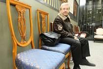 Křesílka a židle jsou k dispozici všem návštěvníkům, kteří je mohou využít i k příjemnému a pohodlnému posezení.