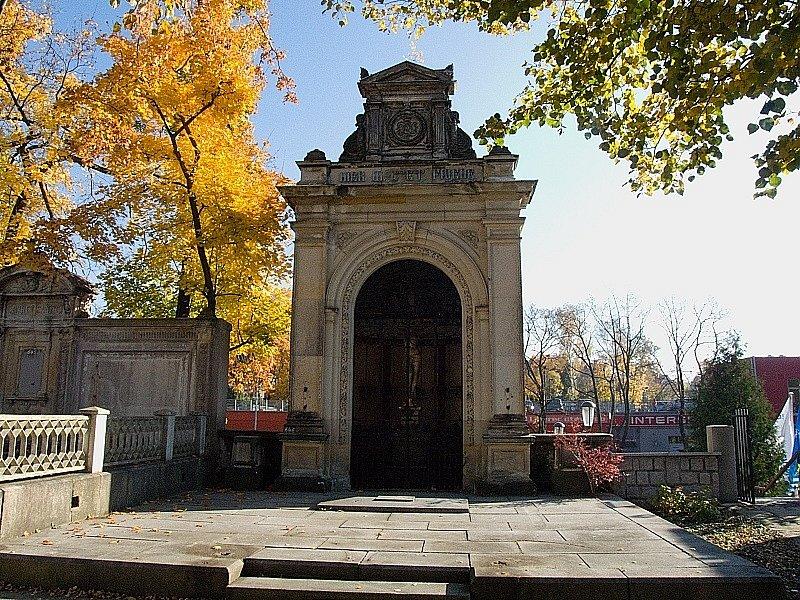 Zahrada vzpomínek v Liberci. Listopad 2012.