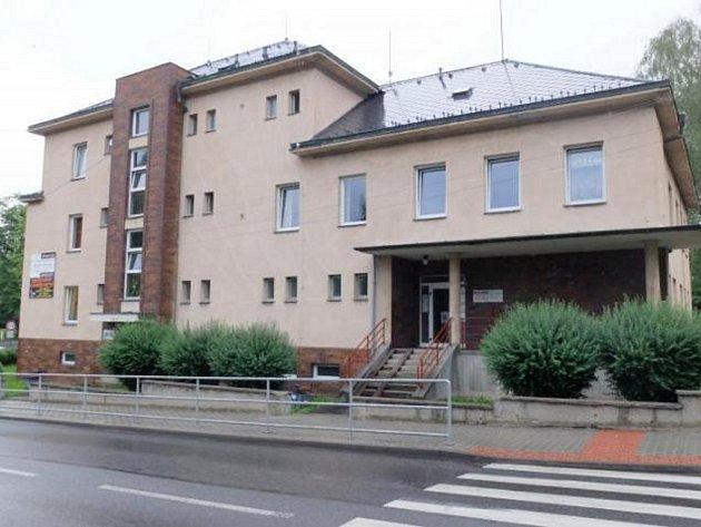 Pohotovost ve Frýdlantě bude od července sídlit v budově plicní ambulance.