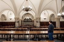Do sklepení historické budovy radnice v Liberci se po více než deseti letech vrátí restaurace. Už na podzim tam chce první vlastní restauraci otevřít Pivovar Svijany, který je největším pivovarem v Libereckém kraji.