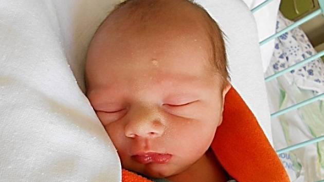 Rodičům Tereze a Janovi z Křižan se v pondělí 22. června narodil syn Adam Krbek. Měřil 49 cm a vážil 2,69 kg.