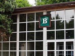 Technické muzeum Liberec rozšiřuje prostory expozice do dalších budov v areálu LVT (na snímku z 10. července). Nejprve proběhnou úpravy a instalace expozic v budově B.