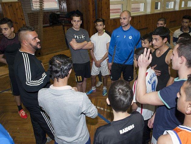 SLOVAN. Do projektu se zapojil i bývalý kanonýr FC Slovan a jeho současný sportovní ředitel Jan Nezmar.