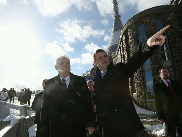 Prezident Miloš Zeman poprvé na Ještědu.