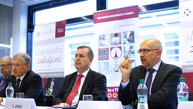 Česká konference rektorů (ČKR) zasedala tento týden v Liberci u příležitosti zahájení nového akademického roku.