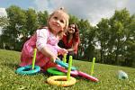 Na hřišti vBroumovské se konal Mezinárodní den dětí pro cizince, 2011.