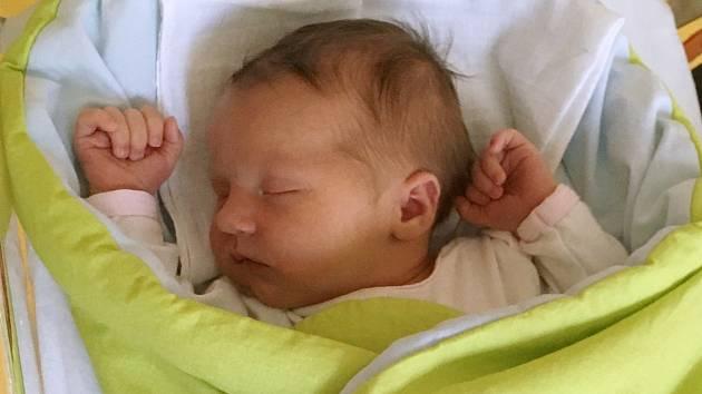Rodičům Šárce a Jiřímu Votrubcovým z Liberce se v pátek 3. července v 16:43 hodin narodila dcera Klára Votrubcová. Měřila 51 cm a vážila 3,68 kg.