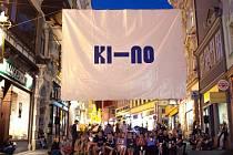 KI-NO festival v Pražské ulici.