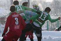 Fotbal na sněhu. ilustrační foto