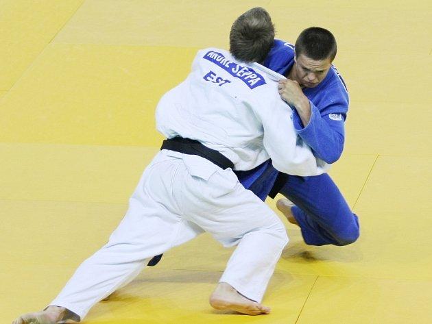 PRAŽSKÝ JUDISTA Jakub Ječmínek vybojoval na Evropském poháru juniorů v judu bronzovou medaili ve váze do 73 kg.