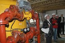 TLAKOVÉ FILTRY. Největší problém rekonstrukce hrabačovské úpravny vody je v přesné koordinaci jednotlivých prací, protože i během výměny zařízení musí úpravna stále fungovat.