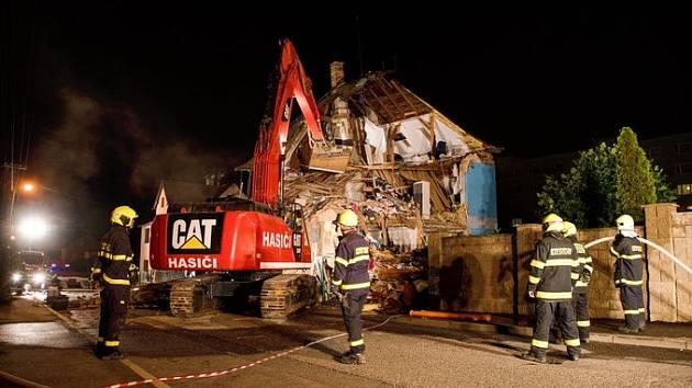Dům vNové ulici v Liberci hasiči zbourali