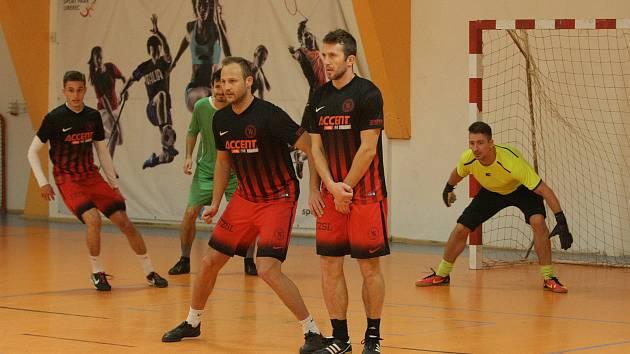 Nejlepší ze šestnácti futsalových týmů byli na libereckém turnaji Šohajci.