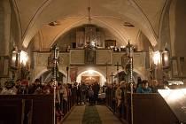 Adventní benefiční koncert se sbírkou na opravu varhan v kostele sv. Mikuláše ve Světlé pod Ještědem.