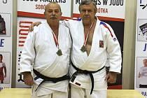 VETERÁNI JC LIBEREC. Vlevo Ladislav Kohout, vedle Milan Vágner.