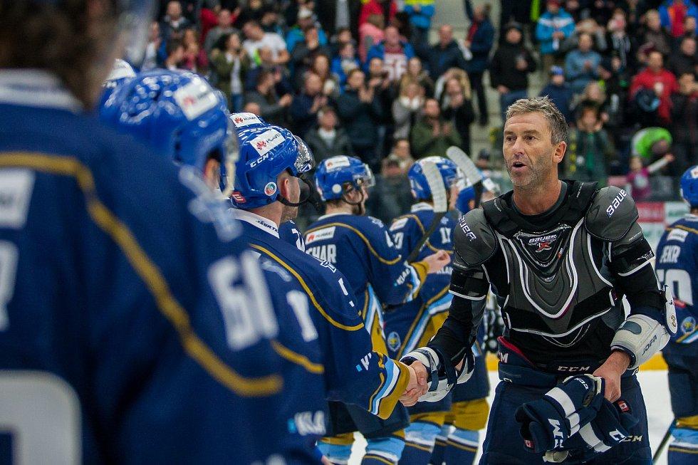 Utkání 46. kola WSM ligy ledního hokeje se odehrálo 3. února v liberecké Home Credit areně. Utkaly se celky HC Benátky nad Jizerou a Rytíři Kladno. Na snímku vpravo je Petr Nedvěd.