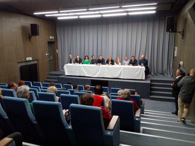 Debata v Hrádku nad Nisou na téma Turów.
